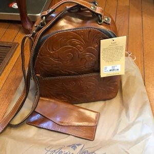 Patricia Nash crossbody/backpack new with tags